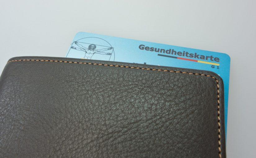 Brieftasche mit Versichertenkarte